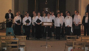 Photo of choir in concert